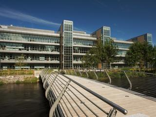 UCC Western Gateway Building wins the SEAI Renewable Energy Award